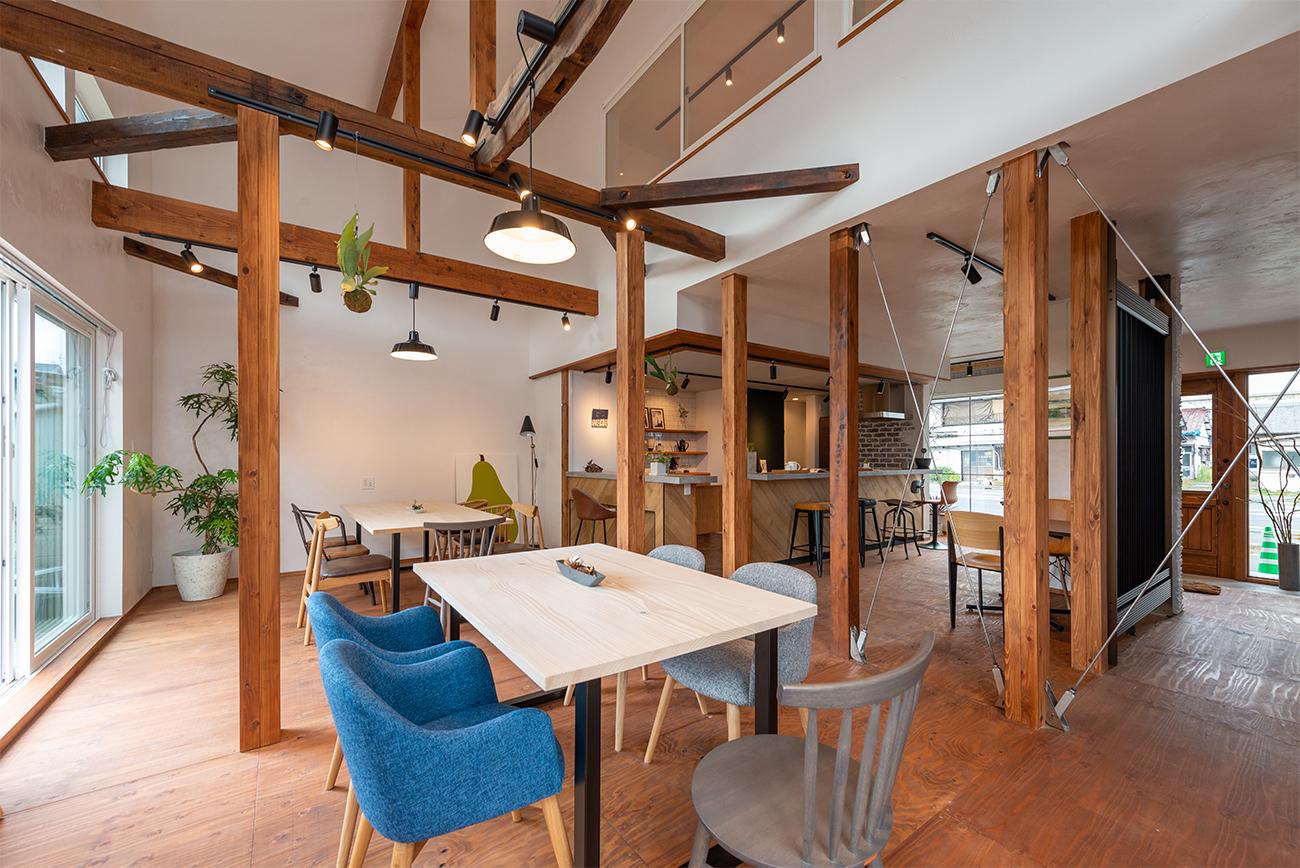 カフェのようなコワーキングスペース